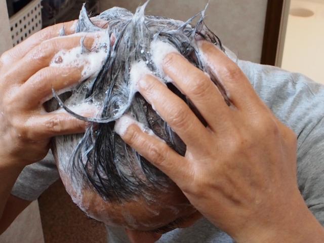 LUXEシャンプーの口コミは?薄毛の悩みを解消するために